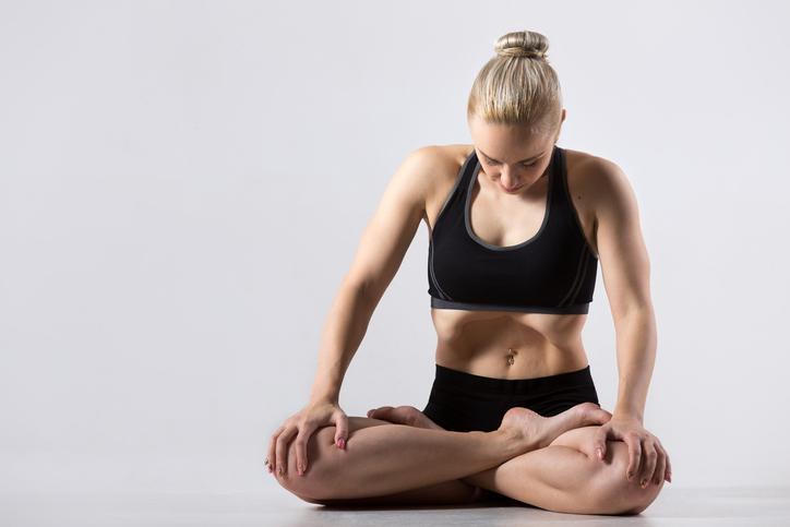 Quelles postures de yoga pour débloquer le diaphragme